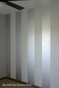 Painting Gold & Silver Metallic Stripes - Beyond the ...