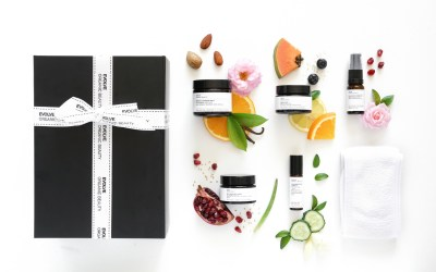 Benieuwd naar ons nieuwe, award winning organic vegan skincare merk?