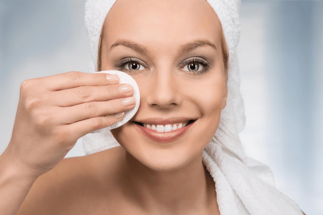 Stap voor stap vette huid verzorgingsroutine
