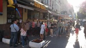 Kyivska perepichka hotdog- Bezoek Kiev