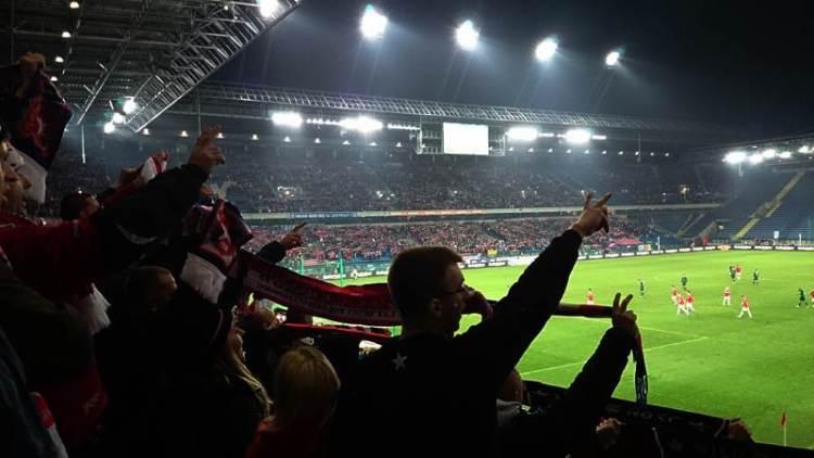 Wisla Krakau voetbal wedstrijd bezoeken