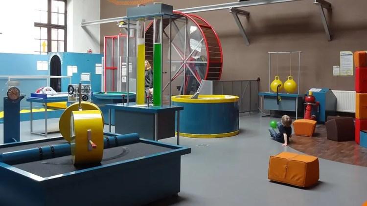 Speeltuin voor kinderen in museum Krakow - Bezoek Krakau.nl