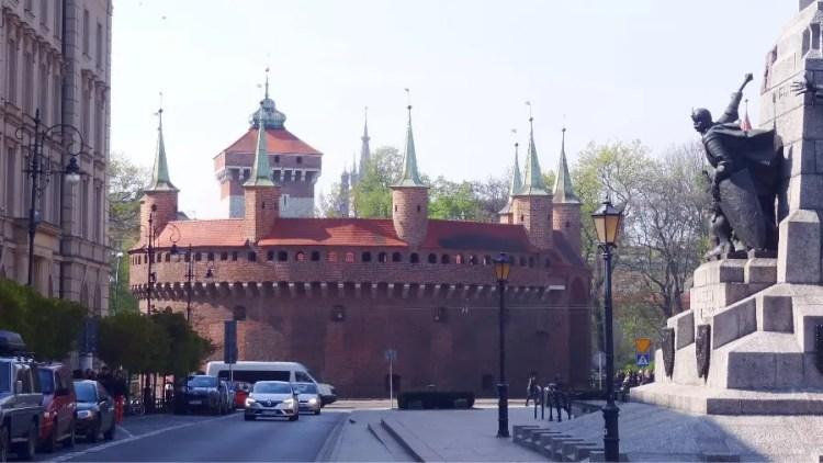 Barbakan Krakow bezienswaarigheid - Bezoek Krakau