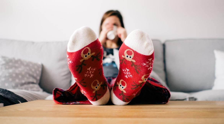 święta przed telewizorem i świąteczne filmy