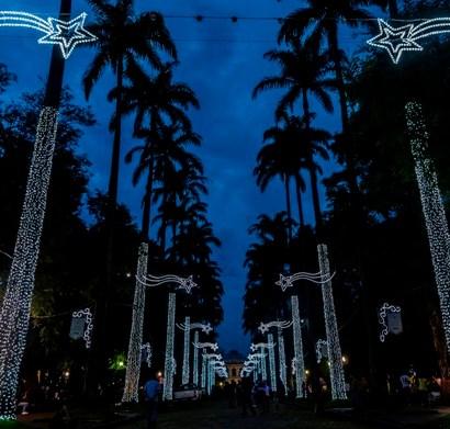 Cemig faz concurso para iluminação da Praça da Liberdade no Natal