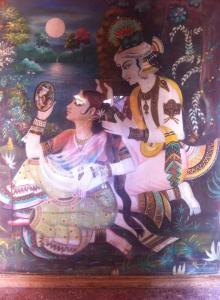 Pintura de Sri Krsna decorando Srimati Radhika, em Srngaravata