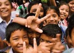 स्कूल में हमारी यह कोशिश होती है कि हर बच्चे के पास जाएं, उन्हें जानें, प्यार दें और बच्चे के मन में स्कूल के लिए एक आदर भाव जगाएं. सवाल बच्चे के भविष्य का ही है.