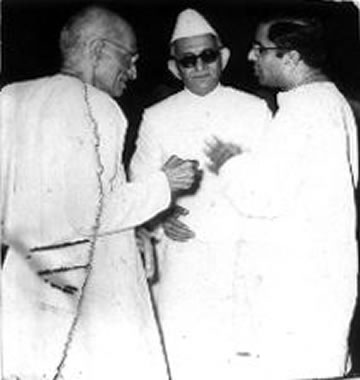 KM Munshi's described Indian situation as 'ship-to-mouth'. KM Munshi centre with C. Rajagopalachari (L) and C. Subramaniam (R). (Photo - bhavans.info).
