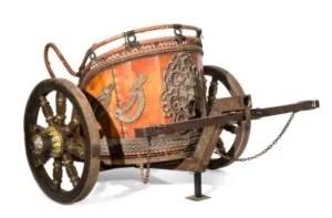 Lot 17 replica Roman chariot