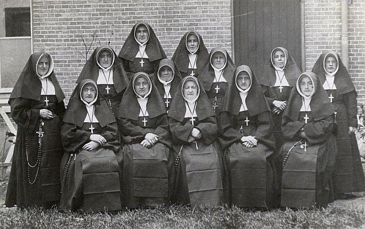 De Zusters van Liefde van Jezus en Maria Moeder van Goede