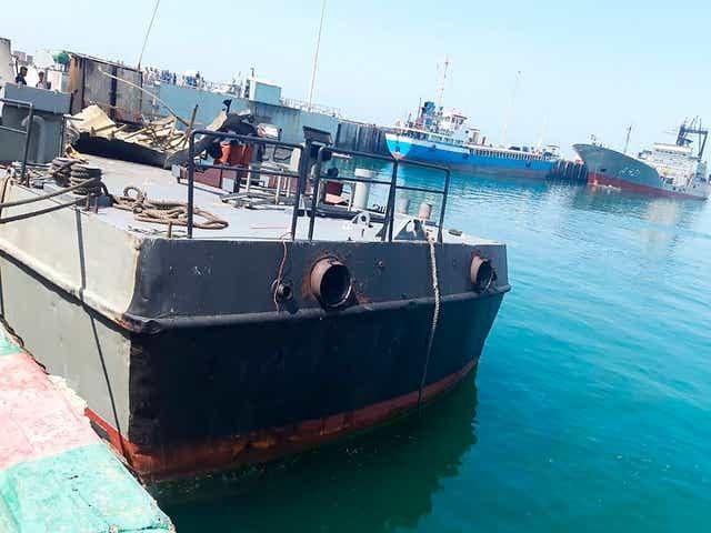 सेनाले हानेको मिसाइल 'भुलवश' आफ्नै जहाजमा ठोक्कियो, १९ को ज्यान गयाे