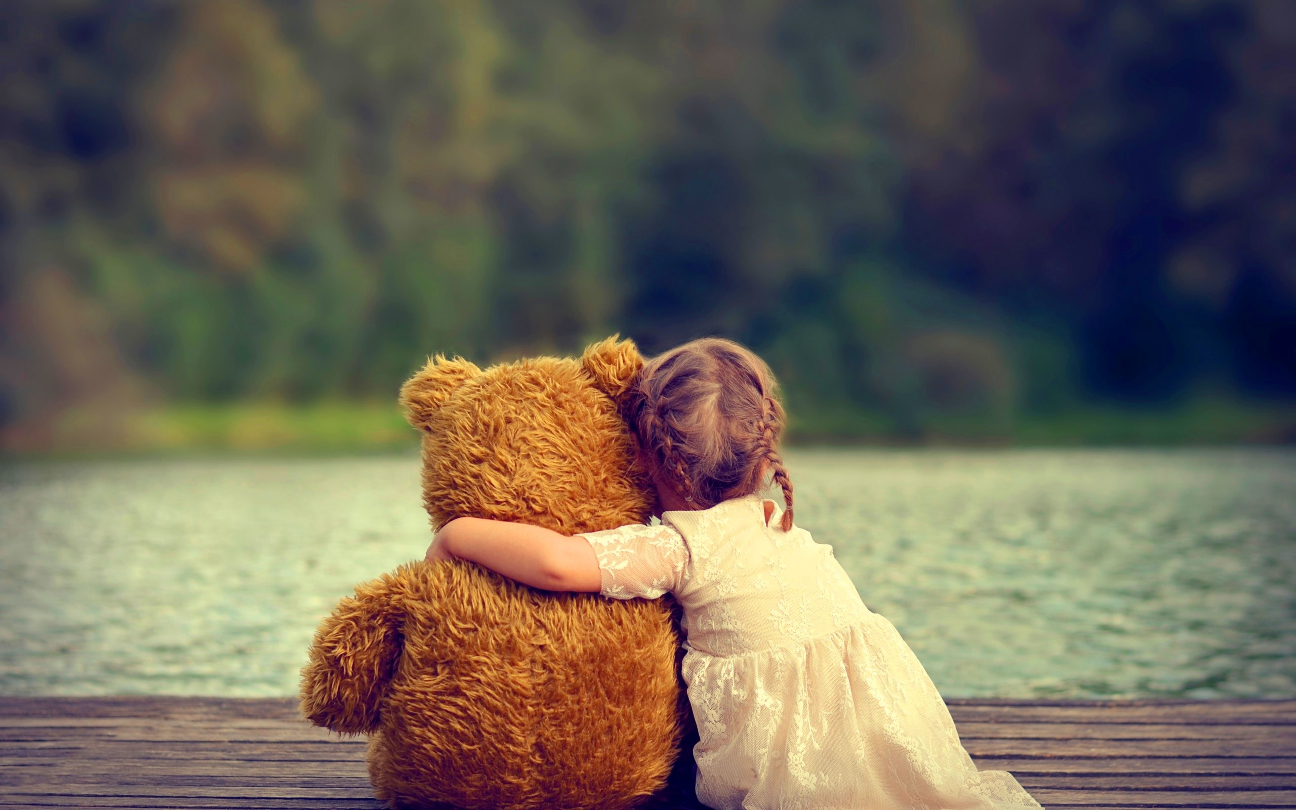 Cute Girl With Teddy Bear Wallpaper Cute Girl Hugging Teddy Bear Wallpapers 2560x1600 721011