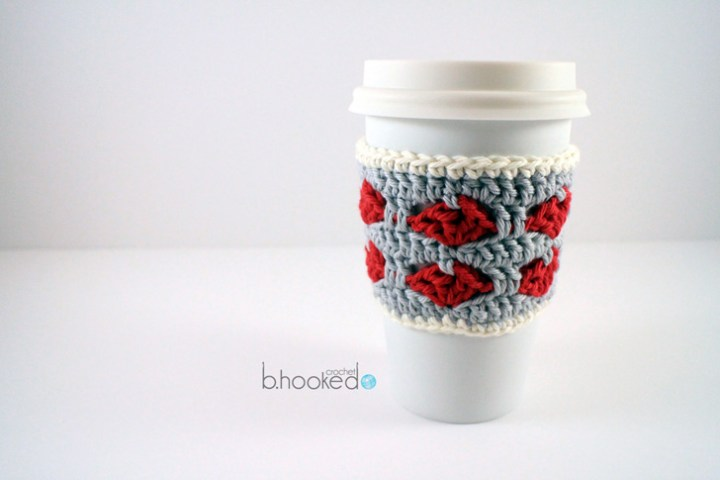 crochet heart cup cozy