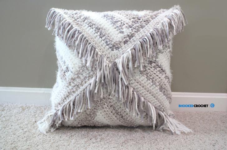 Knitting A Pillow