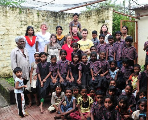 Chingari Trust and the Sambhavna Trust helping those affected by the Union Carbide gas disaster, visit by French Action Scoli'daire