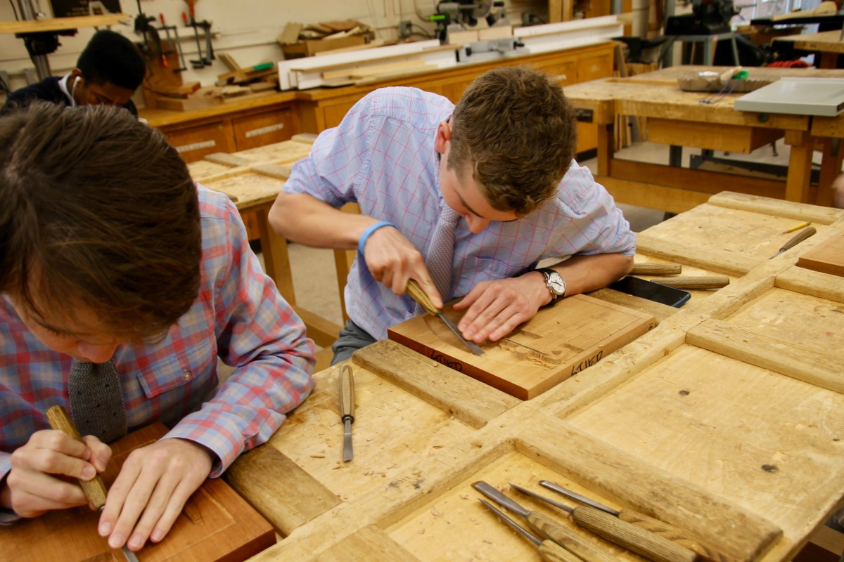 Should Seniors Need to Attend Panel Carving Class?