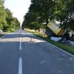 Pękniecie opony przyczyną wypadku w Hrudzie
