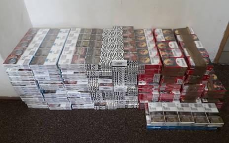 Prawie 70 kartonów papierosów przechowywał w garażu