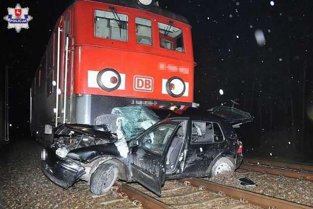 Tragiczny wypadek na przejeździe kolejowym w Styrzyńcu