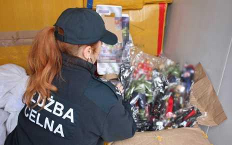 Tony podrobionych zabawek zatrzymanych w Małaszewiczach