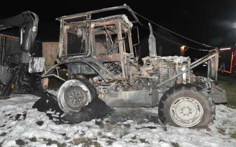 Pożar ciągnika w Żerocinie