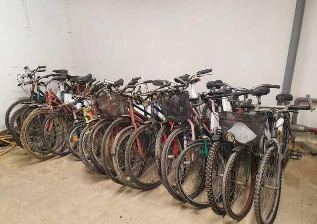 Policjanci poszukują właścicieli rowerów