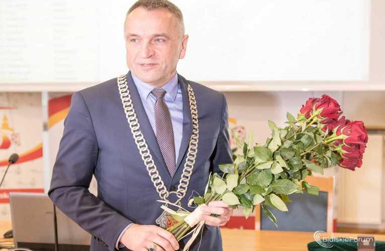 Przewodniczący Rady Miasta pozostaje na stanowisku