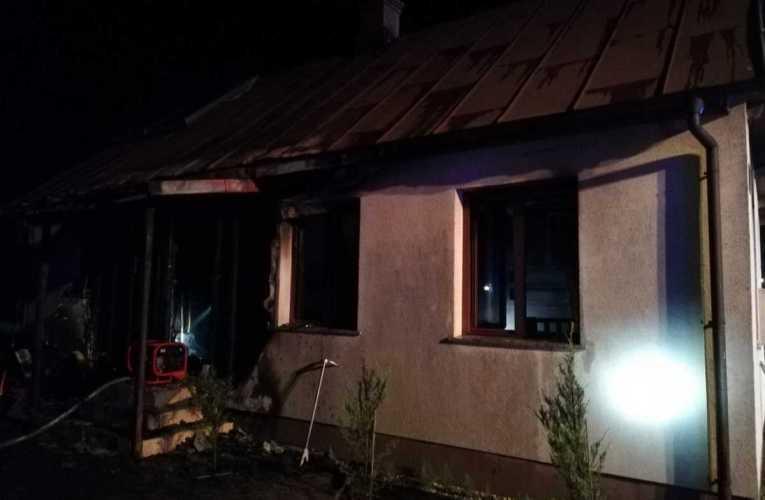Pożar domu jednorodzinnego w Berezie
