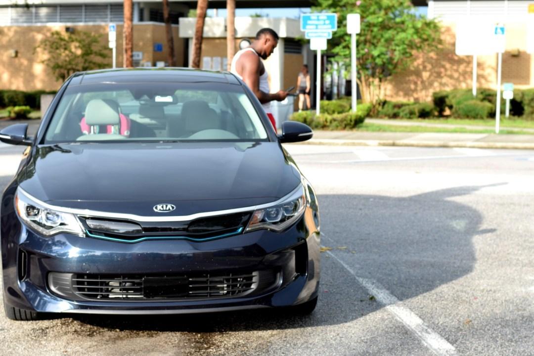 Kia Optima Hybrid exterior