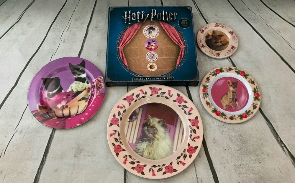 Collectible Cat Plate set Harry Potter