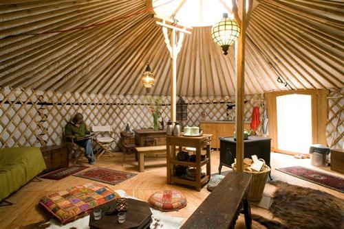 Regali di Natale 2011 curiosi e costosi la tenda dei mongoli  Bianconatalecom