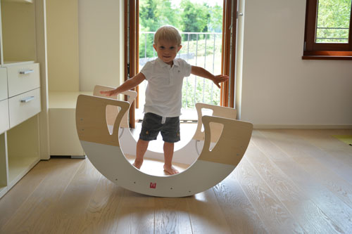 Bianconiglio Kids Rocker Table - equilibrio