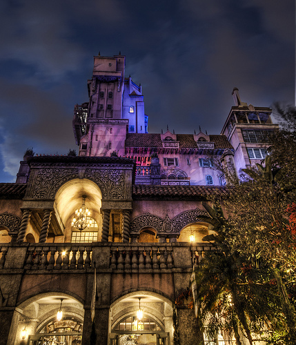 Cute Doodle Wallpaper Hd Gallery Tower Of Terror Disney World At Night