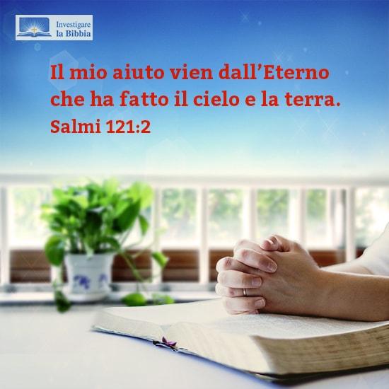 Frasi bibliche Condivide l'immagine, ha pregato alla finestra