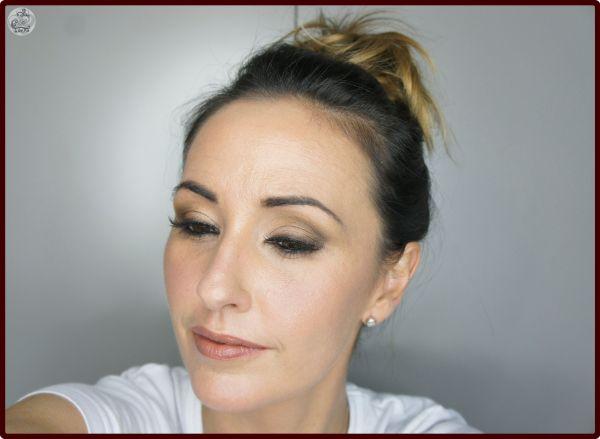Tutorial look natural con sombras de - Bobbi Brown