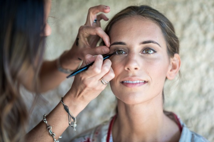 Novia Ana , maquillaje antes/despues - Bobbi Brown