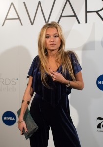 Andrea Belver - Premios Zeleb