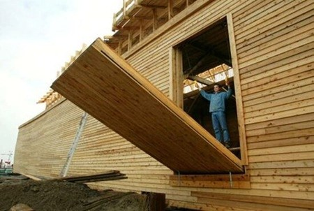 Loading door on the side of the ark replica