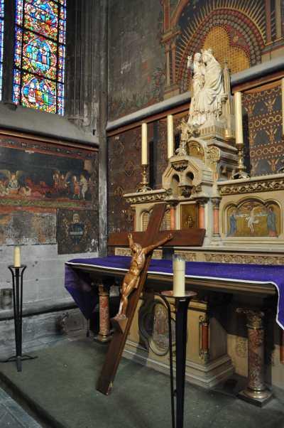 — Chapelle en abside - Cathédrale Notre Dame de l'Assomption - Clermont-Ferrand —