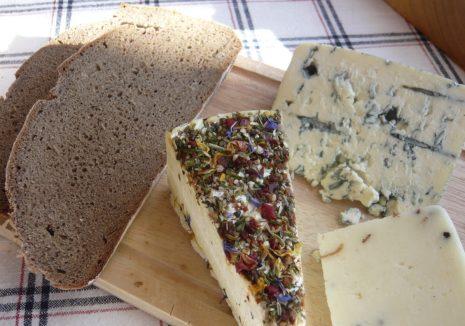 サワードウブレッド&チーズ
