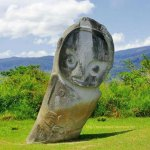 ¿Son las representaciones masivas de estatuas megalíticas de Indonesia de antiguos astronautas?