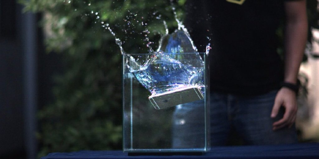 apple-could-make-the-iphone-7-waterproof