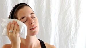 Gommage - Soin du visage avec du bicarbonate de soude