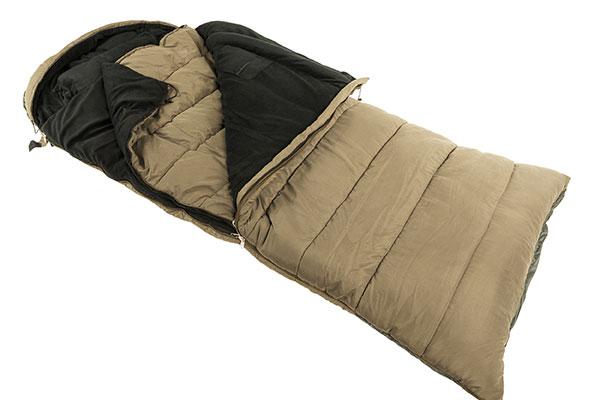 спальный мешок  легко использовать даже новичкам