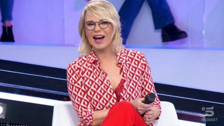 """Maria De Filippi si è confrontata con Mediaset: """"Piersilvio Berlusconi ha quasi risolto la pratica"""""""