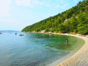 kasuni beach split
