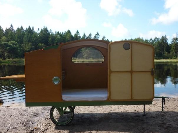 fahrradwohnwagen fahrrad karawane bicycle caravan. Black Bedroom Furniture Sets. Home Design Ideas