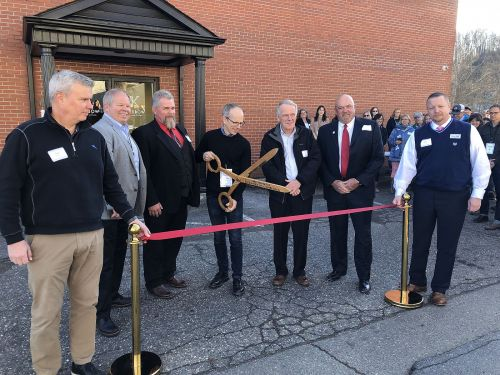 Kitsbow Cycling Apparel held its Old Fort opening in December.