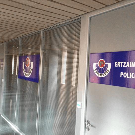 Ertzaintza Police Señalética