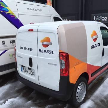 Rotulación de vehículos: Furgoneta Repsol 5